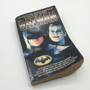 Vintage 1989 Batman Book
